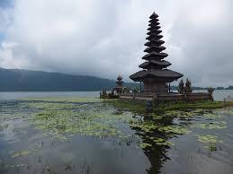 Indonezija ukinula vize za građane Srbije!