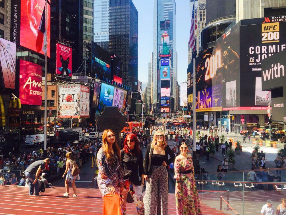 Frajle su oduševile u Njujorku kao gošće Air Serbia!