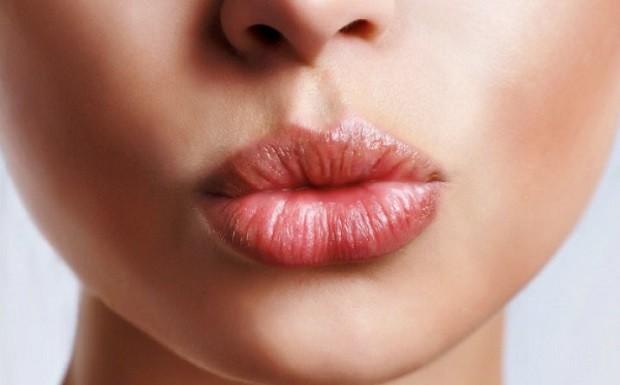 Prirodni balzam za vaše lepe i negovane usne (recept)