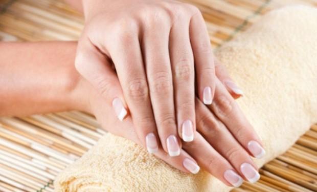 Jednostavni trikovi za čvrste i lepe nokte!