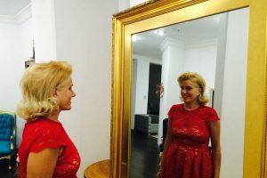 Jelena Golubović pila, pa pobegla iz hotela!