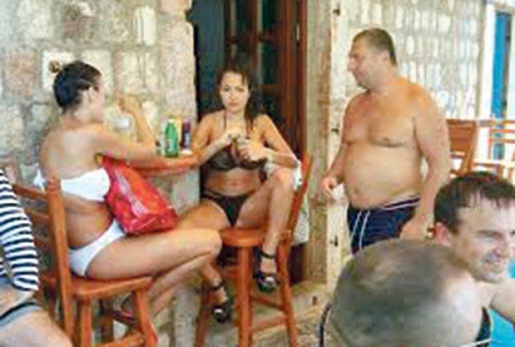 tamara-duric-crna-gora-letovanje-makarona-1470608995-964879