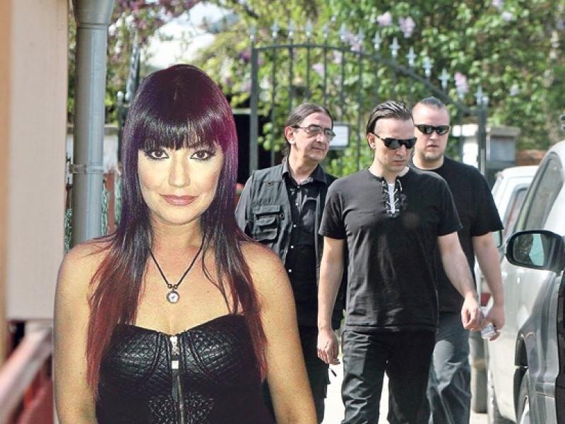 """Muž ubijene pevačice Jelene Marijanović ulazi u """"Parove""""?"""