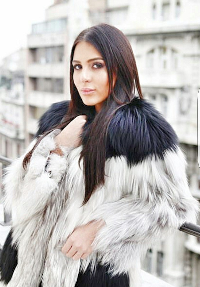Anastasija Ražnatović snima dve pesme i postaje pevačica