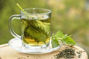 Čaj od koprive - popravlja raspoloženje i vraća energiju! (Recept)