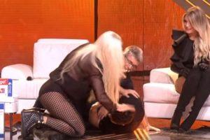Prvo Aca Lukas, a sada i Marija Šerifović završila na podu! (video)