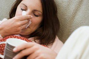Evo kako da za PAR MINUTA pročistite DISAJNE puteve i ELIMINIŠETE suzenje očiju