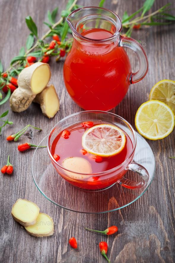Čaj od đumbira i goji bobica topi kilograme! (Recept)