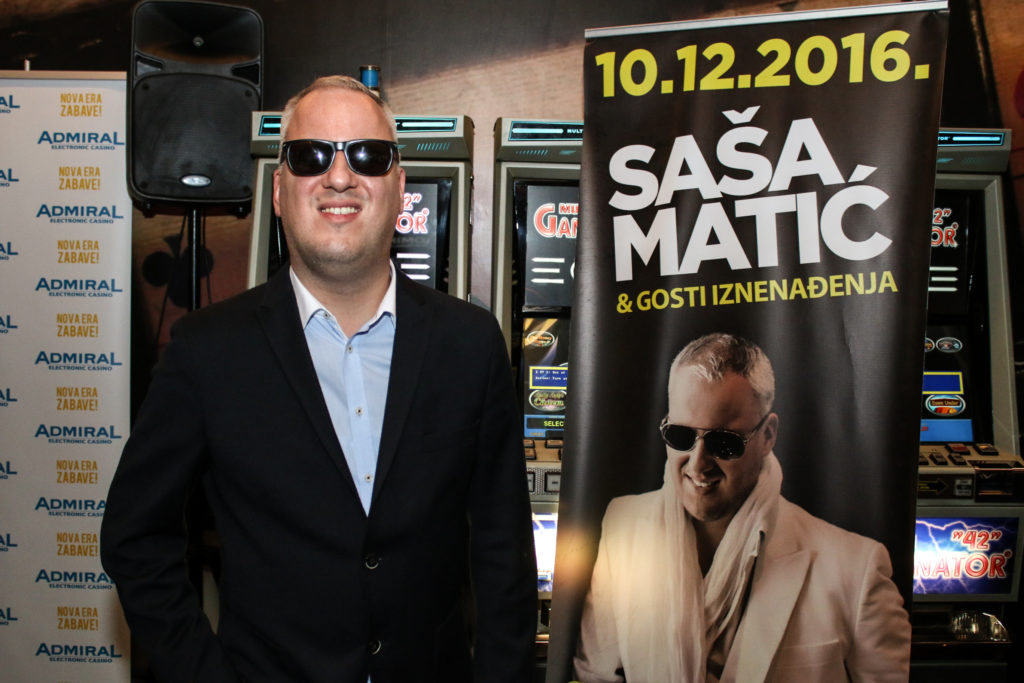 """Zbog Saše Matića sarajevski taksist blokirali gradi """"zatrpani"""" poslom !"""
