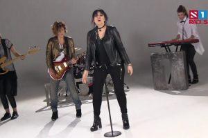 Zvezde pevaju zvezde 2 : Kaliopi snimila spot za pesmu Kesteni grupe Alisa