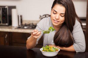 Šta nikako ne smete jesti kada imate čir na želucu ili gastritis!