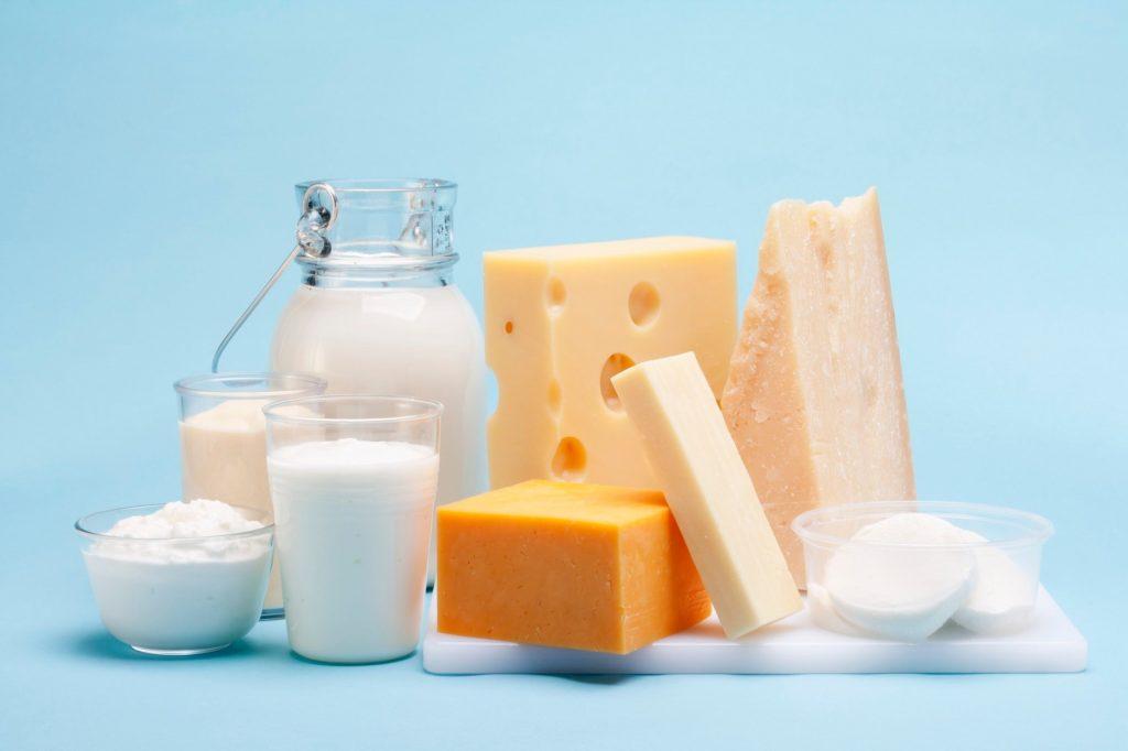 Vlada Republike Srbije ukinula je uvozne takse za mleko i mlečne proizvode i svinjetinu i svinjsku masnoću iz EU
