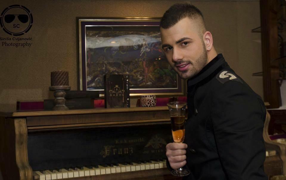 Dočekajte Novu godinu uz nargile i Pinkovu zvezdu Nikolu Petković !
