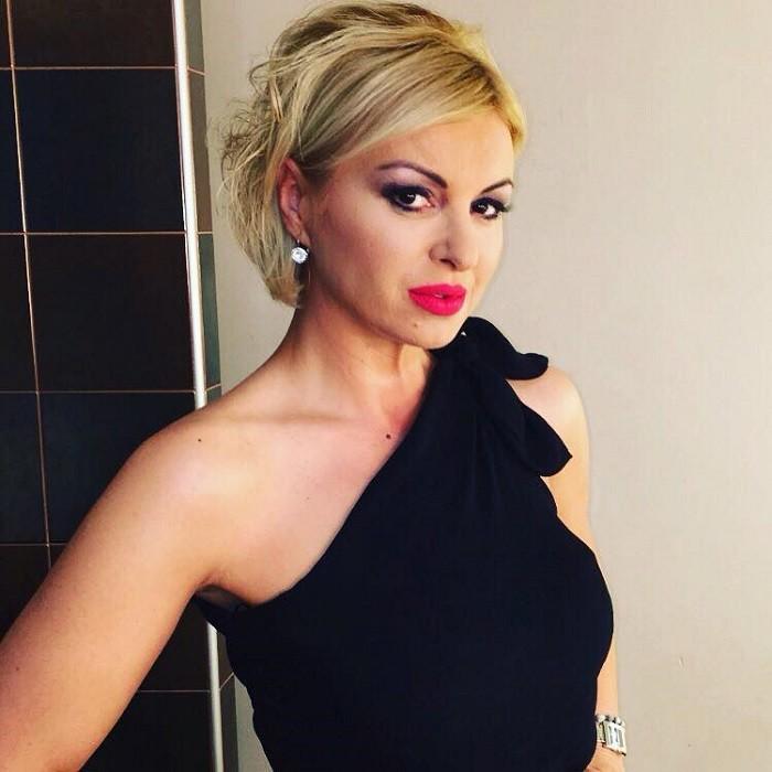 EKSKLUZIVNO: Otkrivamo sa kojim političarem je Ivana Šašić u vezi?!
