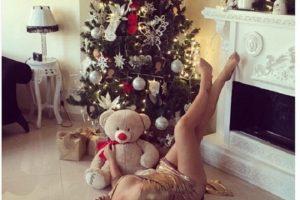 Pevačica Seka Aleksić zapalila je društvene mreže slikom pored jelke!