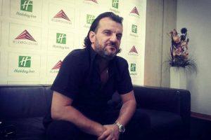 Aca Lukas otkrio kako je najbolje zagrejati se na minusu! A ovo je poželeo Ani Nikolić...