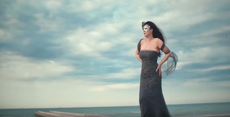 PREMIJERA: Dragana Mirković predstavila pesmu OD MILION JEDAN! (VIDEO)