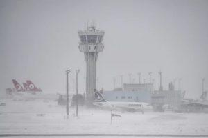 NEOČEKIVANO!Sneg paralizovao Istanbul, otkazano 400 letova