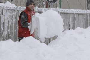 Peti dan sibirske zime u Srbiji! Sela u Sjenici i dalje pod snežnom blokadom
