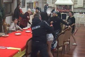 """""""Parovi"""" se gađali tanjirima! Aleksandra bacala tanjire na Milija (VIDEO)"""