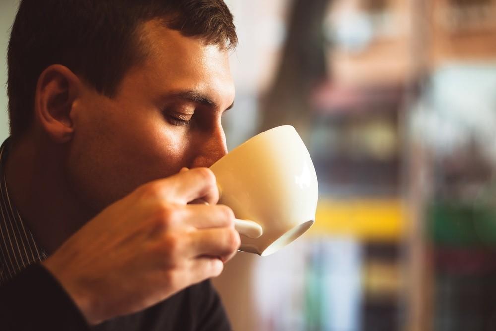 Evo zašto u kafu treba sipati malo sode bikarbone!