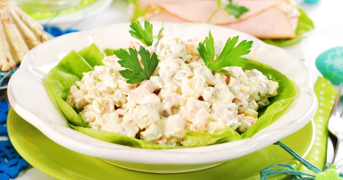 Recept dana: Pileća salata sa kikirikijem