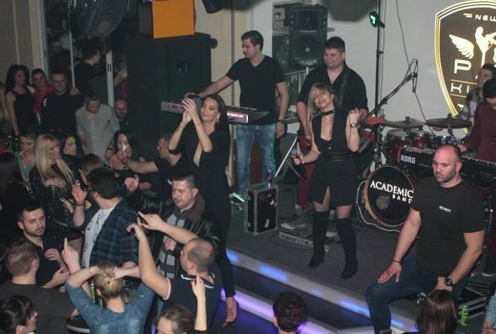 Estrada pevala za Stojanov (5) život! Sakupili 15.000 evra!