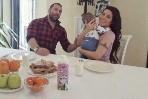 Pogledajte kako Seka Aleksić uživa u porodičnom ručku