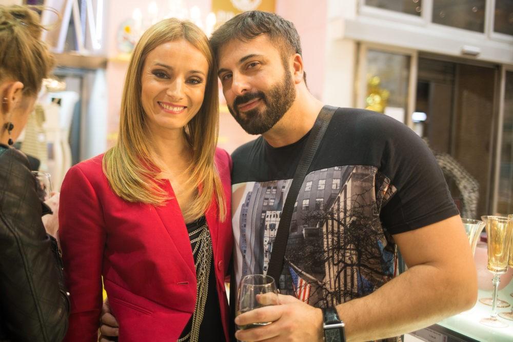 Iva Strljić i Ana Stanić na proslavi salona nameštaja