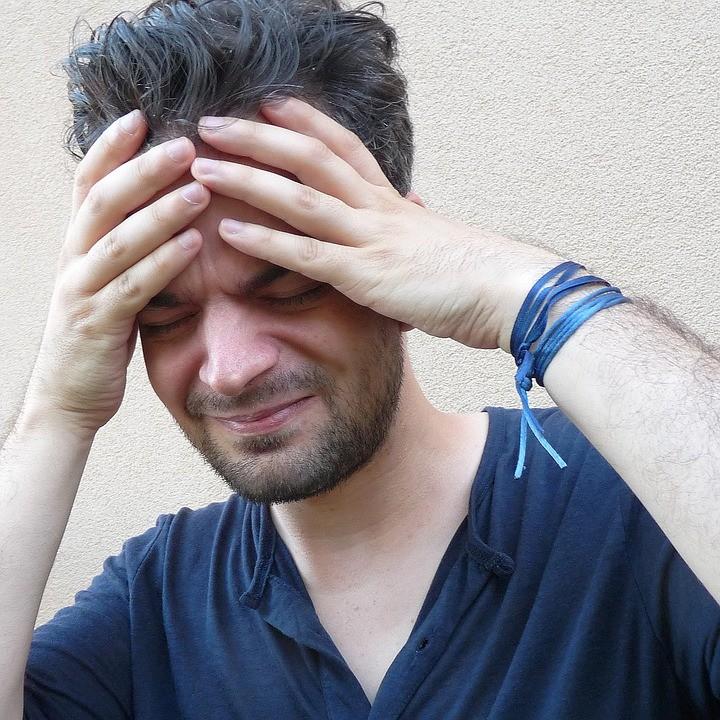 Efikasna metoda: Ovaj napitak protiv migrene deluje momentalno! (Recept)