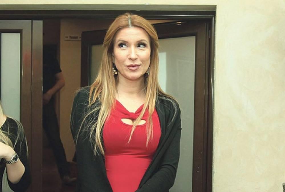 Ovo je lepotica od koje se bivši muž Snežane Dakić ne odvaja!