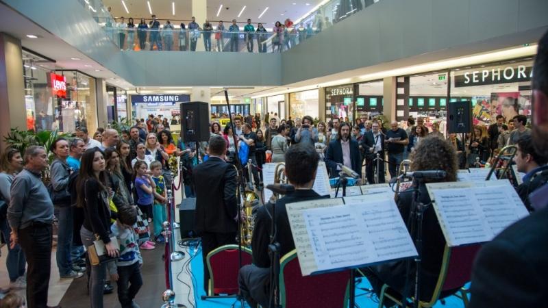 RTS Big band svečano otvorio proslavu 8. rođendana najvećeg šoping centra u Srbiji