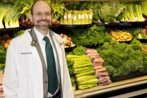 Dr Majkl Greger otkrio veliku tajnu medicine: Radite ovo i telo će se samo izlečiti, bez lekova! (Video)