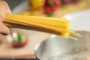 Recept dana: Špagete s belim lukom za 20 minuta
