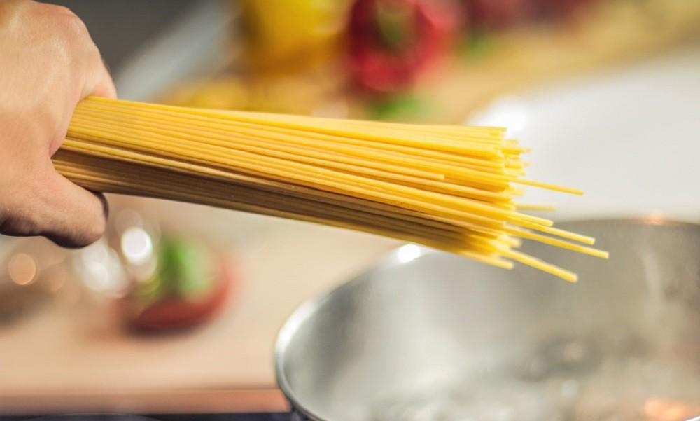 RECEPT DANA: Špagete u sosu od kupusa
