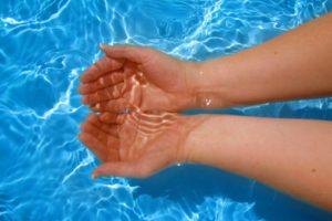 Ipak neće biti moguće kupanje na svim BAZENIMA u GRČKOJ...