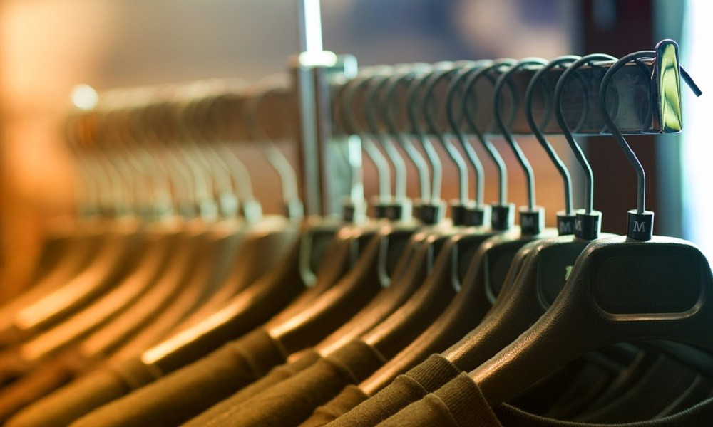 Mama otkrila trik kojim ćete odeću koja se stisnula vratiti u prvobitno stanje
