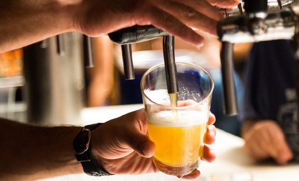 Najskuplja krigla ikad: Novinaru naplatili pivo skoro 62.000 evra!