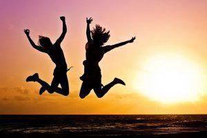 Kako da vam više ne bude važno šta drugi misle: 3 metode za srećan život koji ne zavisi od tuđeg mišljenja!