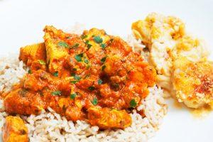 Recept dana: Indijski kari sa piletinom i pirinčem