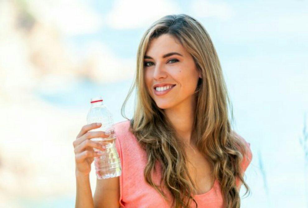 Evo koliko vode treba da pijete da biste smršali