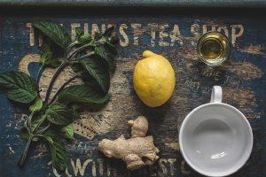 Ovo je lekovita kocka: evo zašto treba da zaledite đumbir, med i limun zajedno!
