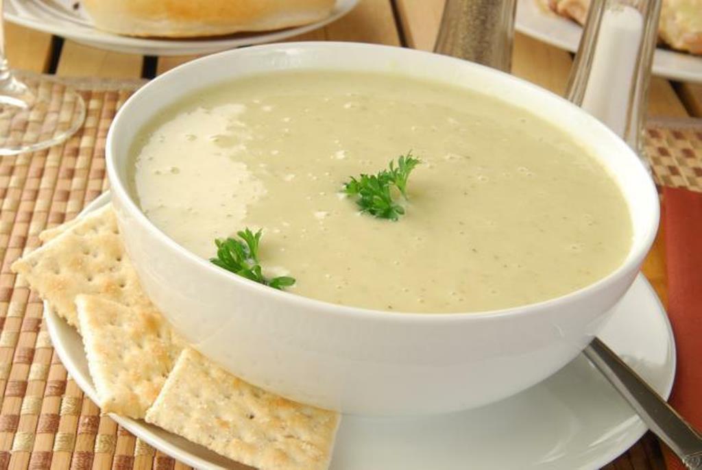RECEPT DANA: Krem supa od slatkog krompira i belog mesa