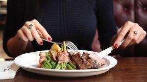 Preskakanje večere podstiče sagorevanje masti?