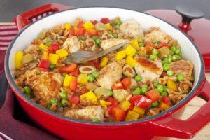 Recept dana: Pilav sa piletinom i povrćem