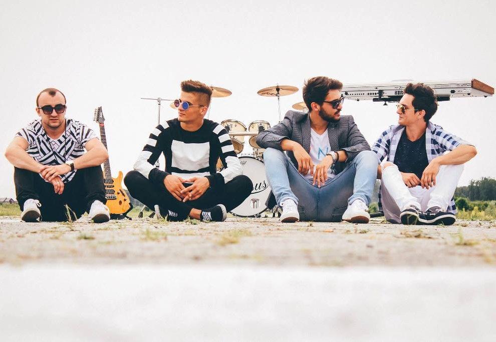 Lapsus bend: nova pesma i pravi letnji hit! (VIDEO)