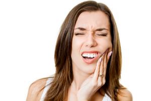 Boli vas zub?? Evo kako da smanjite bol do odlaska zubaru