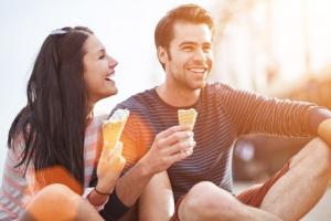 Zašto žene vole duhovite muškarce?