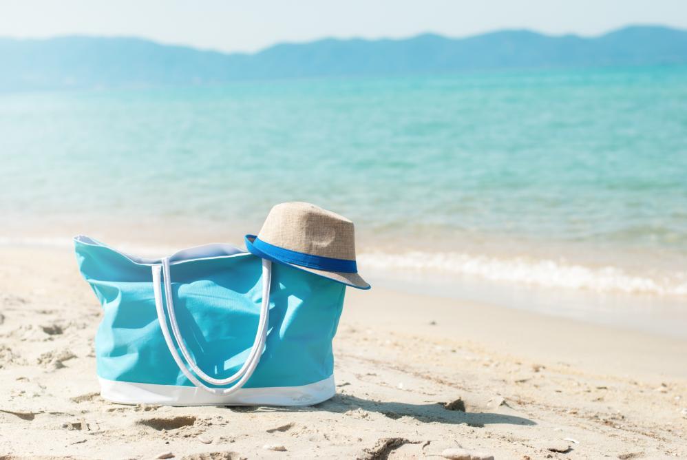 Evo šta sve treba da se nadje u vašoj torbi za plažu!