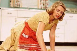 Svakodnevni kućni poslovi mogu izazvati bol pa čak i ozbiljnije povrede! Evo kako da ih sprečite...